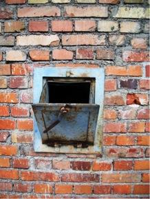 Dachau left Zyklon chute