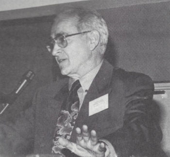 Dr. Robert Faurisson addresses the 10th IHR Conference, 1990