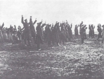 Russian troops in the Galicia province surrender in mass to Austro-Hungarian forces, summer 1917