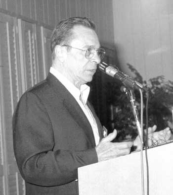 Arthur Butz at the 2000 IHR Conference