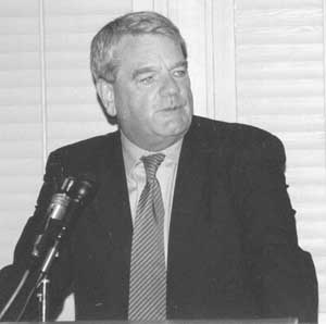 David Irving addresses the 13th IHR Conference, May 28, 2000